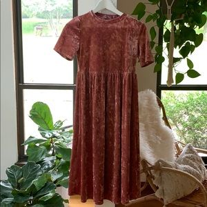 Crushed velvet Roolee dress